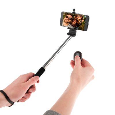 SelfieS-selfie-stick-2