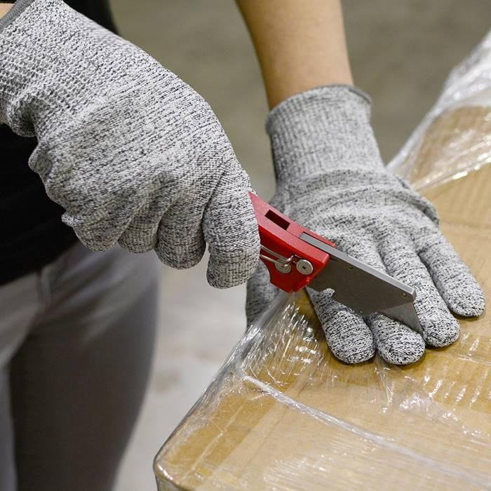 shark-gloves-2